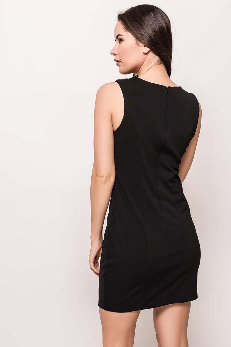 Dámske čierne úzke šaty s flirtami - ROUZIT.SK 45e101173e1