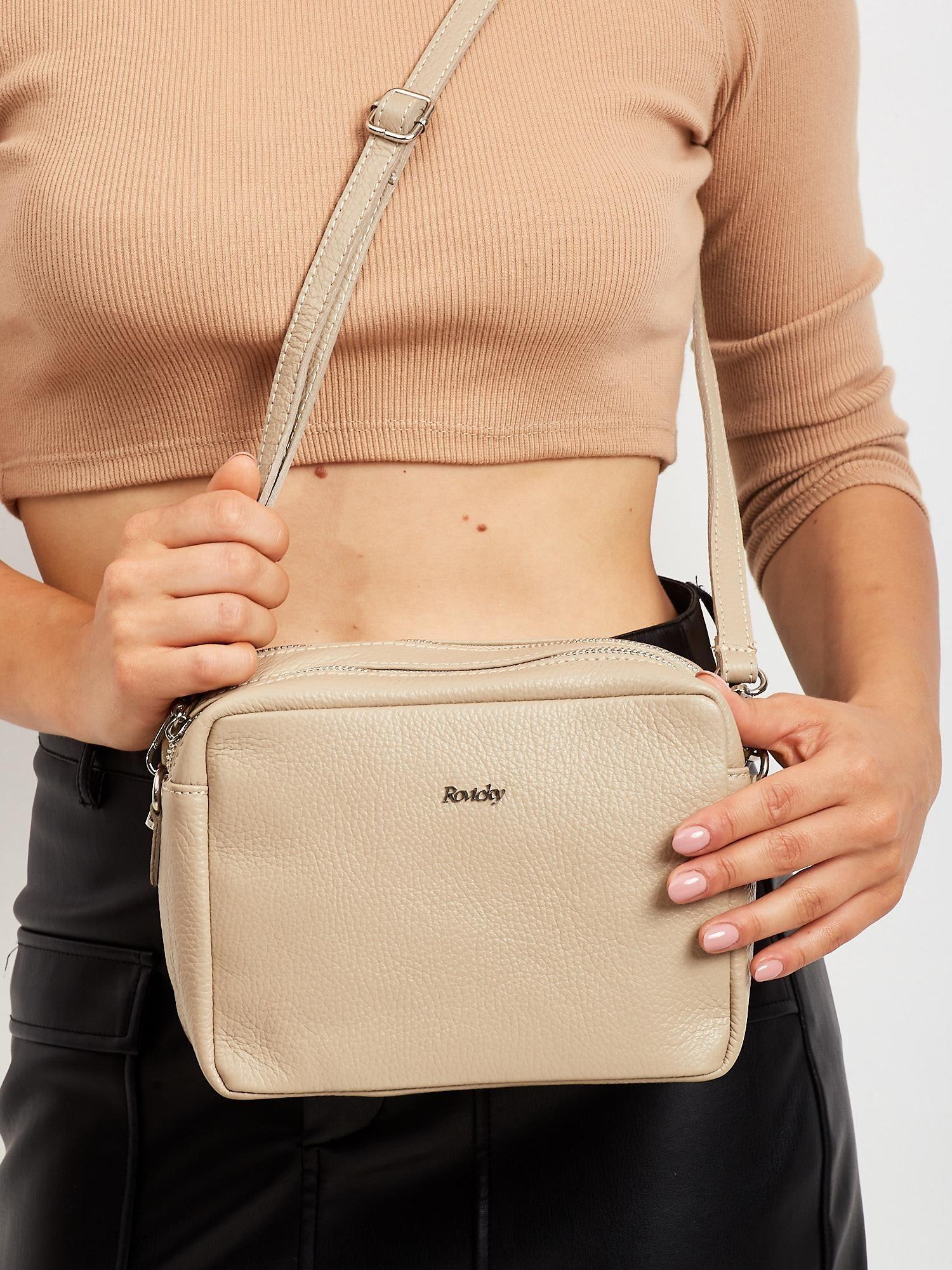 Dámska béžová kožená kabelka na rameno - UNI