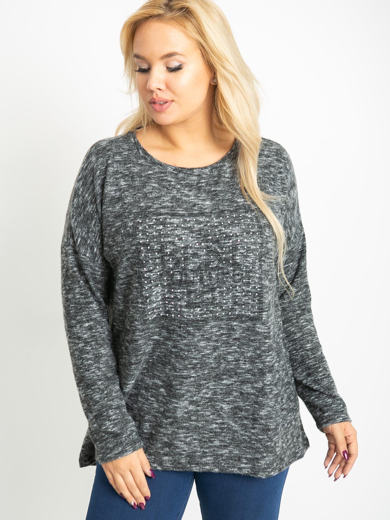 Sivý sveter s dlhým rukávom a potlačou - 3XL/4XL