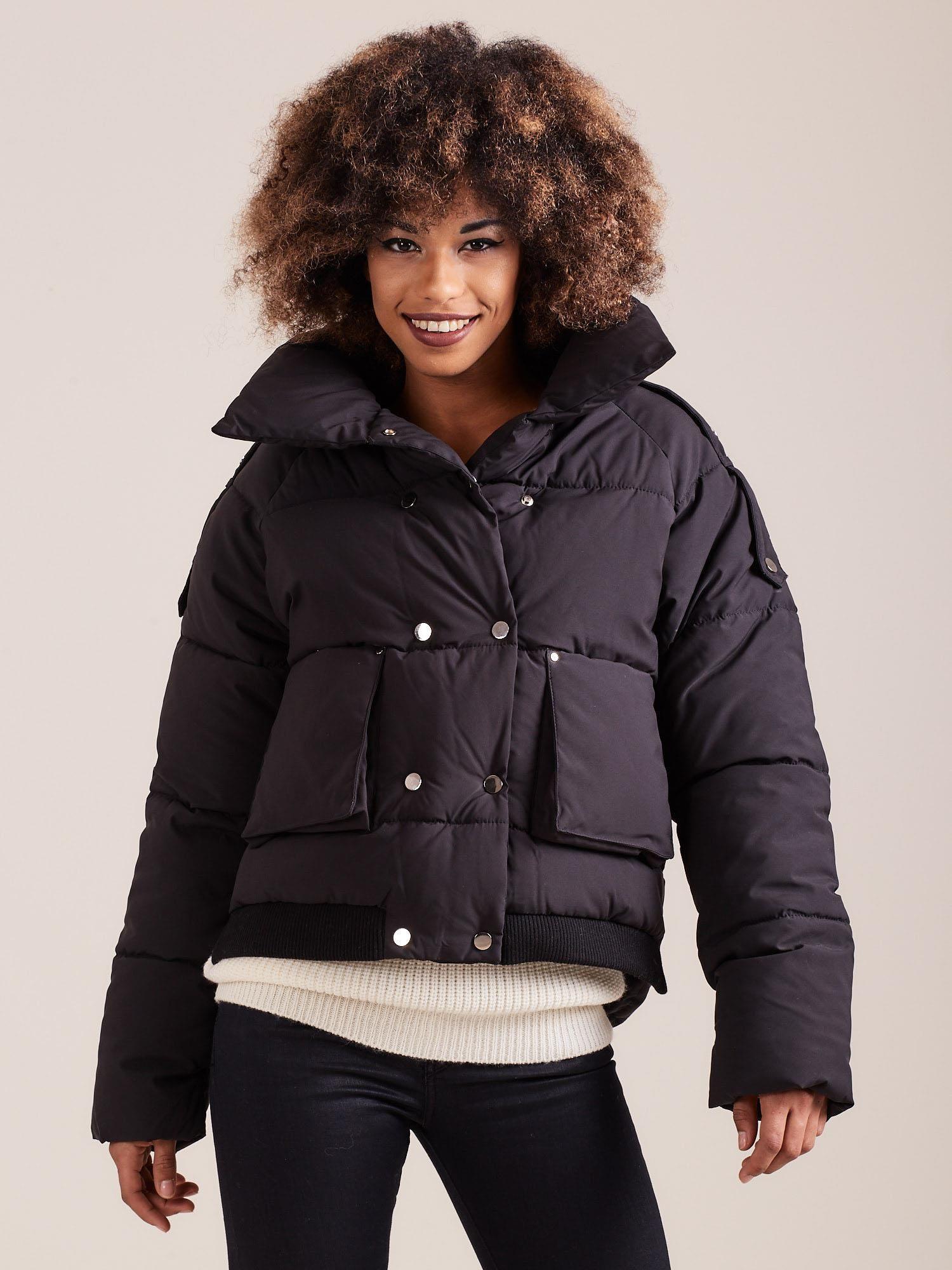 Krátka čierna zimná bunda - M