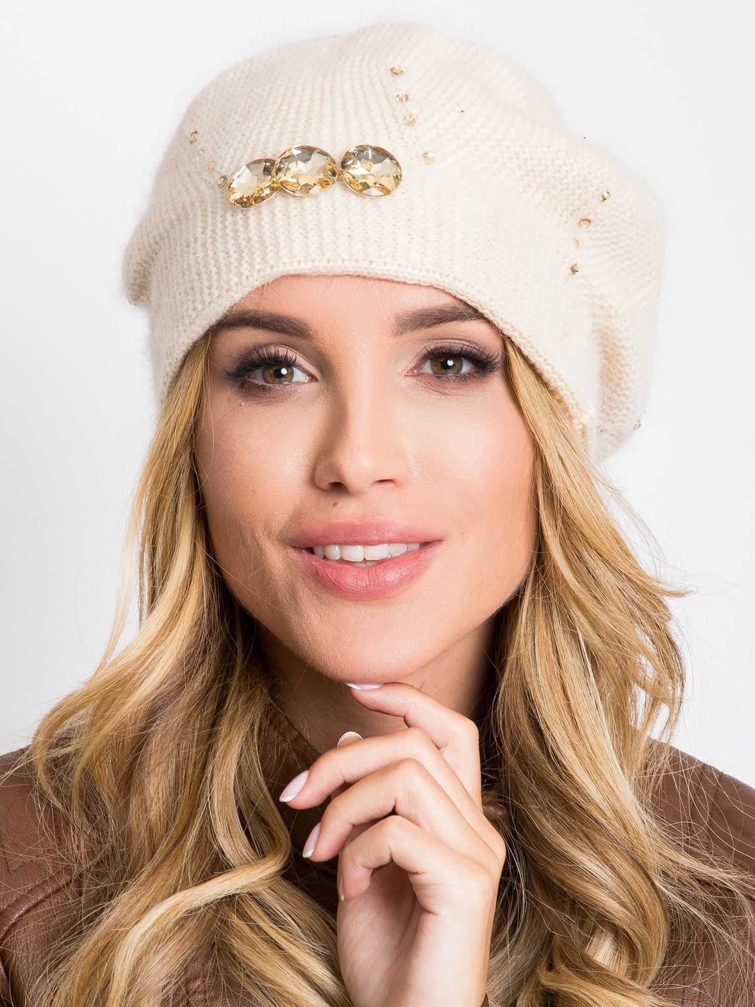 Dámska béžová čiapka s kamienkami - UNI