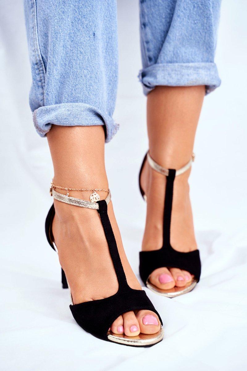 Čierne sandále na vysokom podpätku - 38