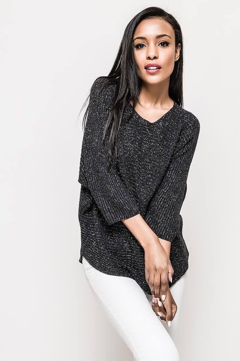 Čierny dámsky sveter s trojštvrťovým rukávom - S/M