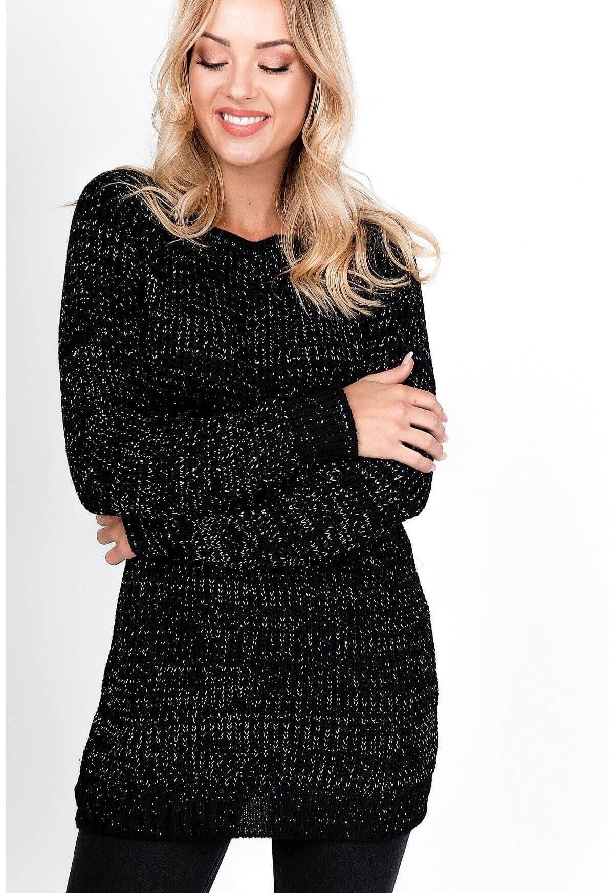 Čierny sveter s trblietkami