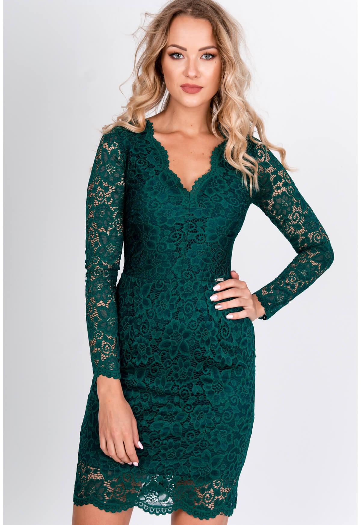 Elegantné krátke čipkované šaty zelenej farby