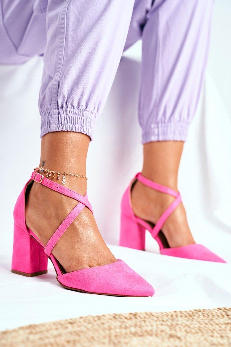 Dámske semišové lodičky v ružovej farbe - 41