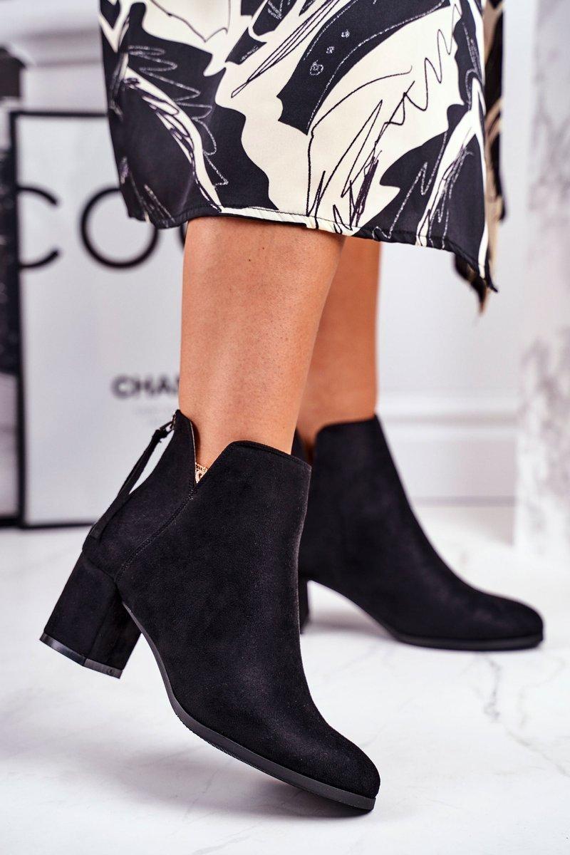 Čierne semišové členkové topánky - 37