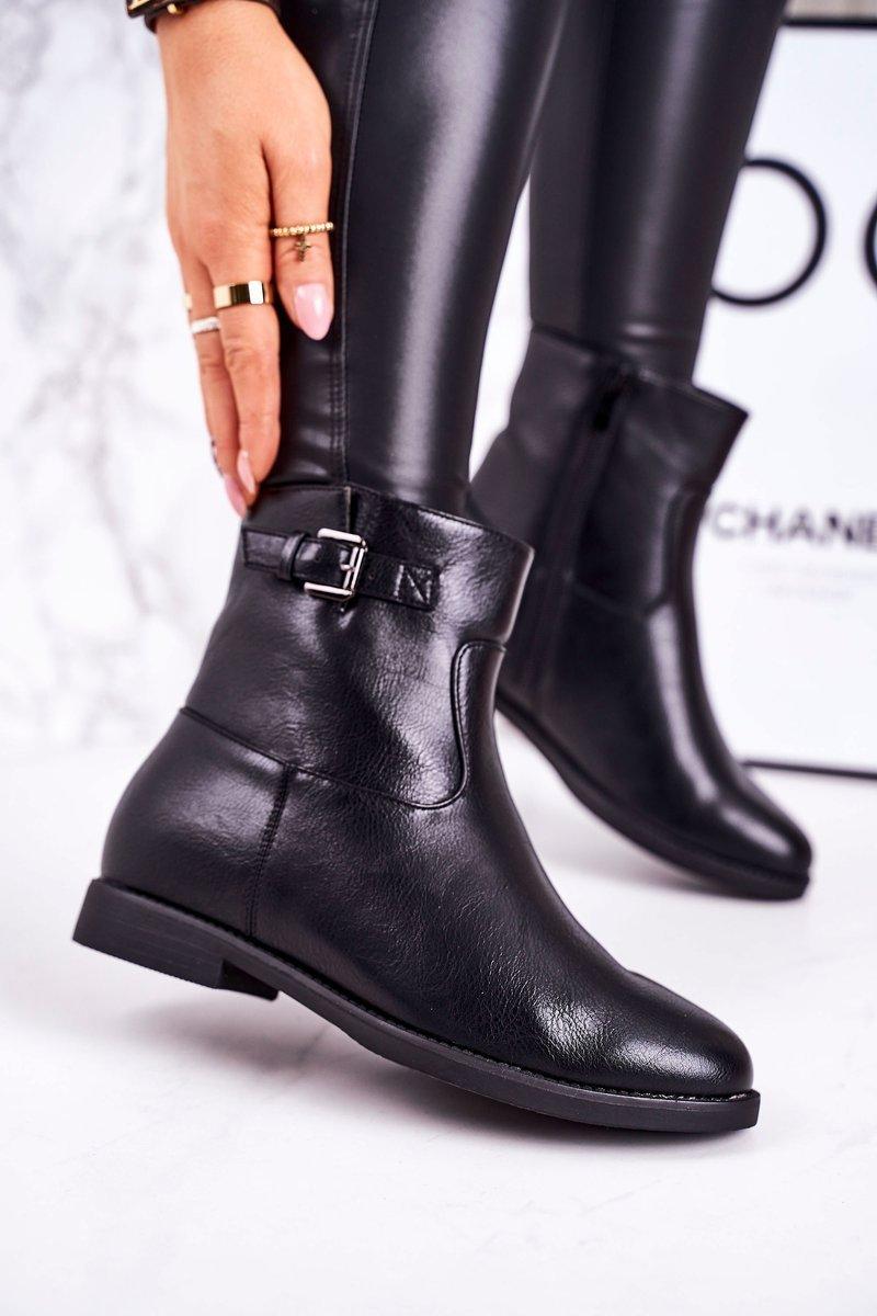 Dámske čierne topánky s prackou - 36