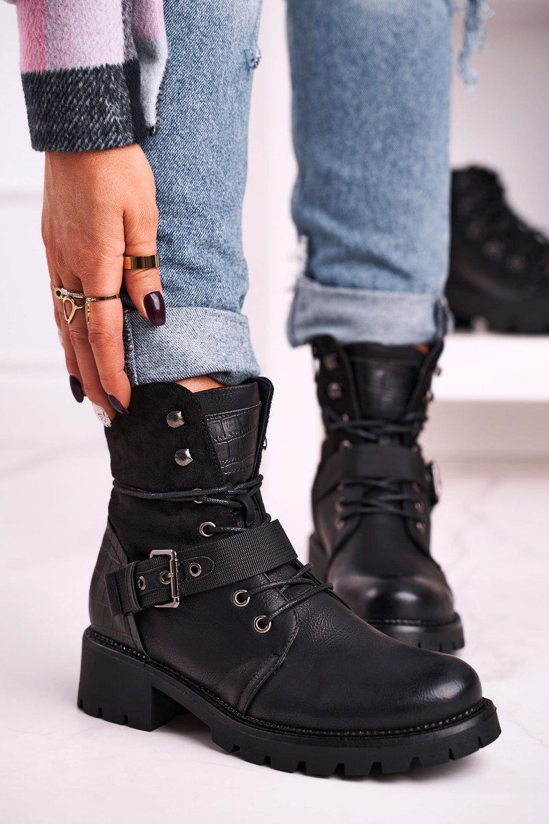 Dámske čierne členkové topánky s prackou - 41