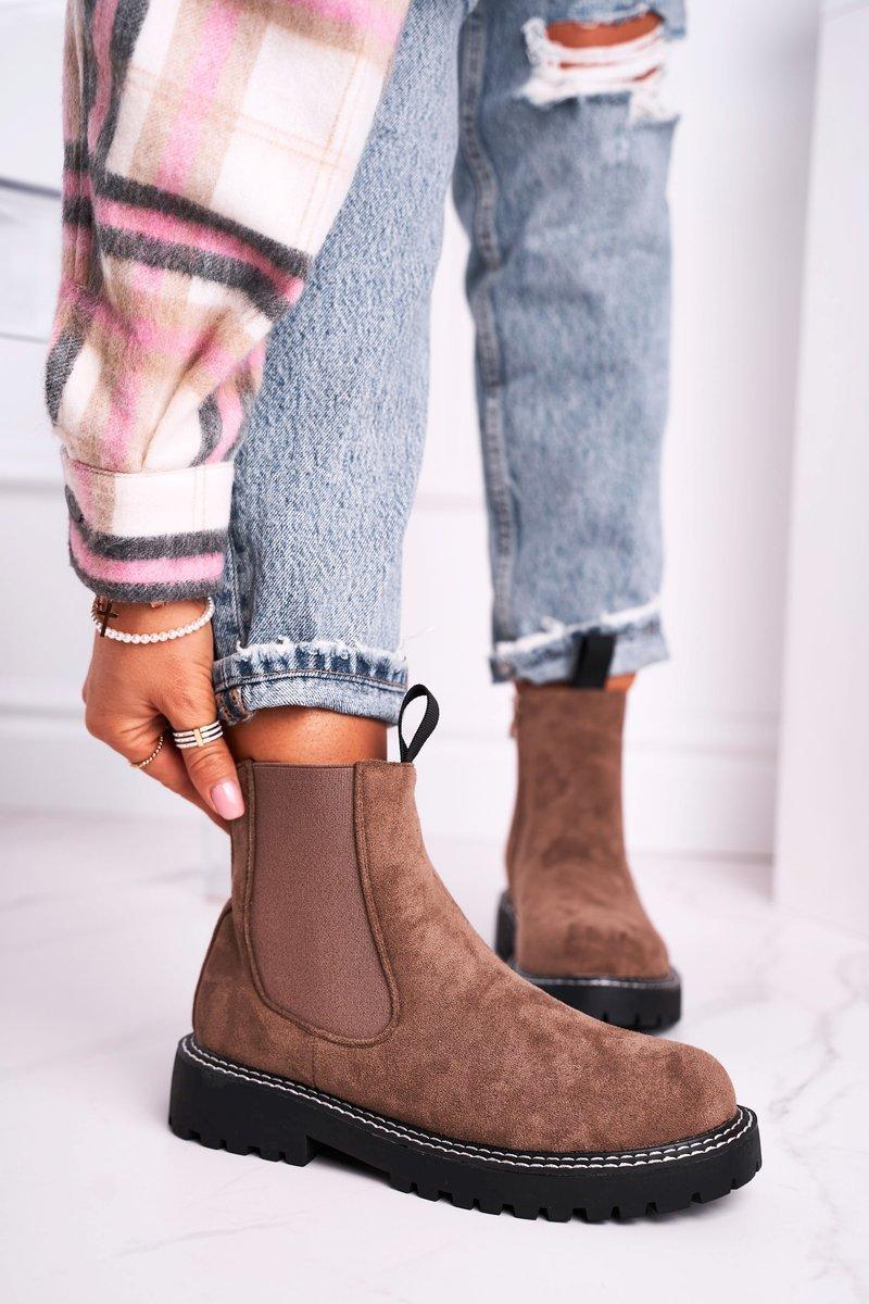 Dámske hnedé semišové topánky - 37