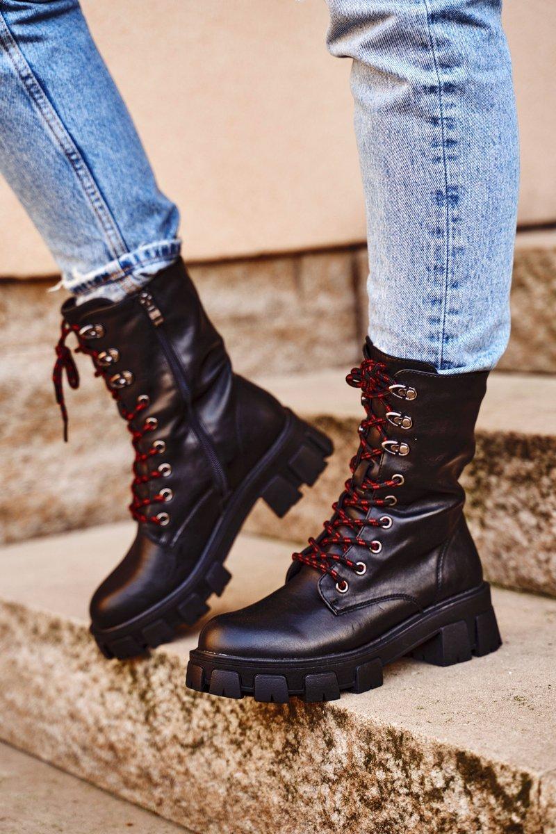 Vysoké čierne topánky na šnurovanie - 38
