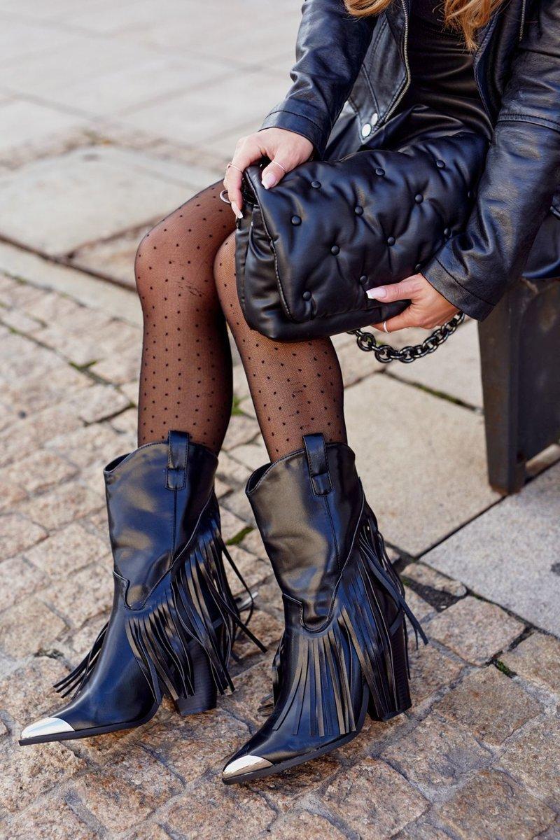 Dámske čierne topánky so strapcami - 36