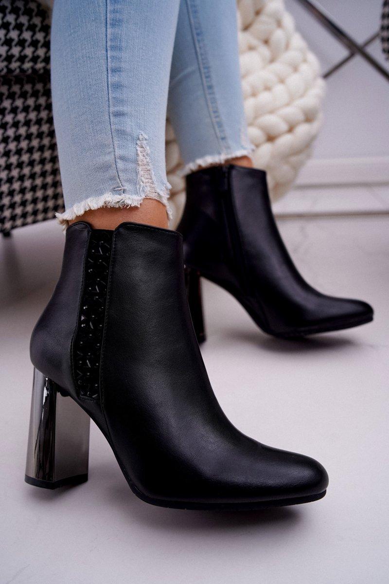Čierne členkové topánky na striebornom podpätku - 38