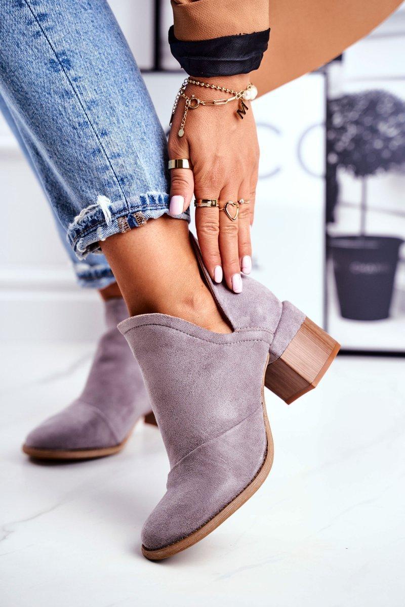Sivé semišové členkové topánky - 39