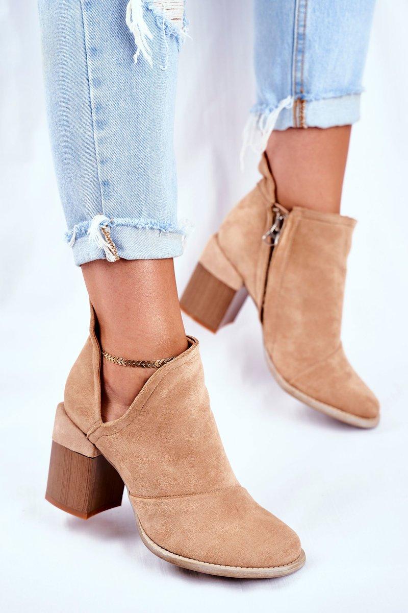 Členkové béžové semišové topánky - 39