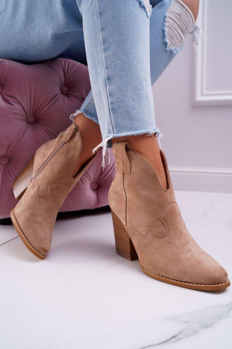 Hnedé členkové topánky so špicatou špičkou - 40