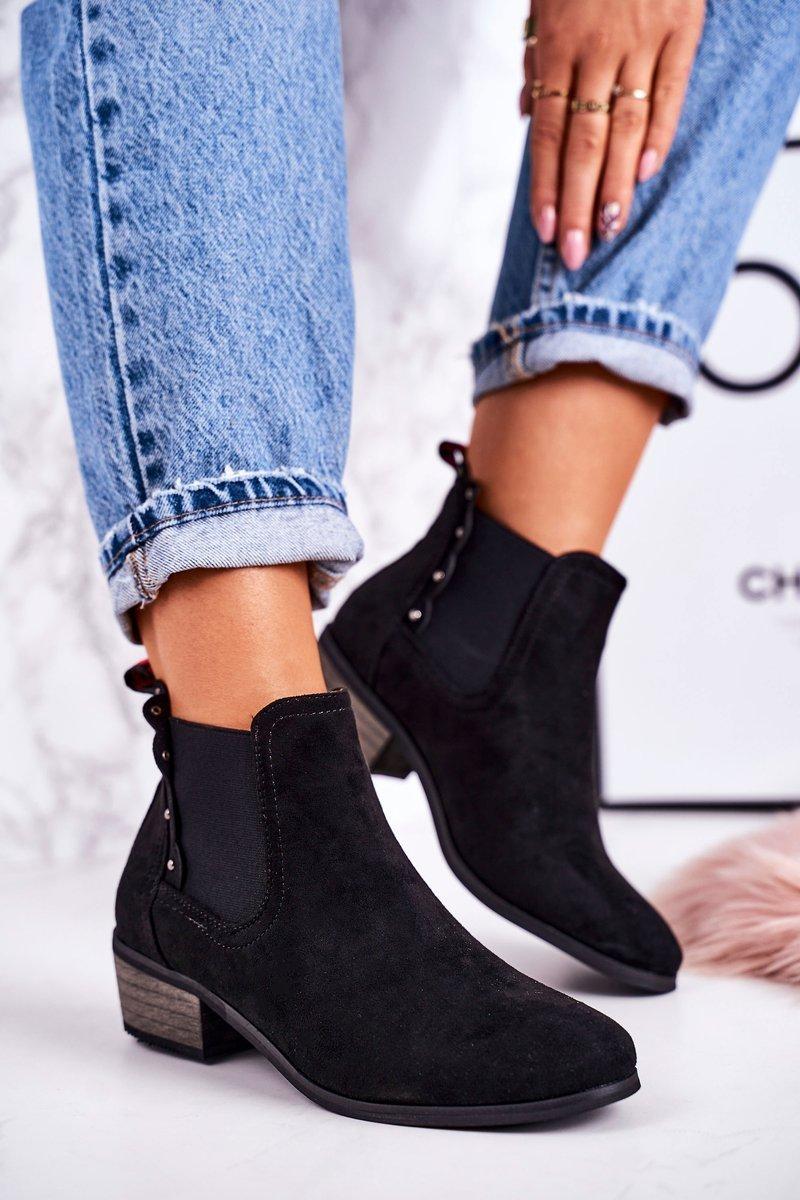 Dámske čierne semišové topánky - 41
