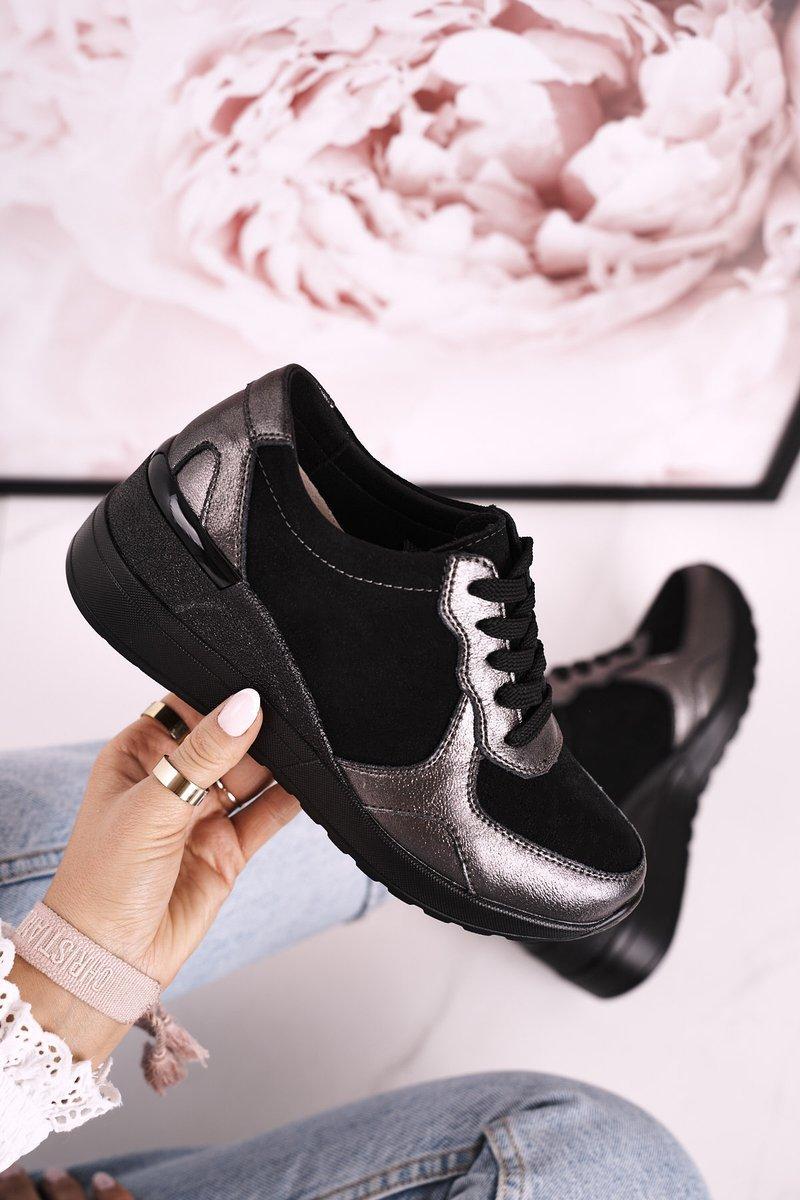 Dámske čierne tenisky so striebornými prvkami - 39