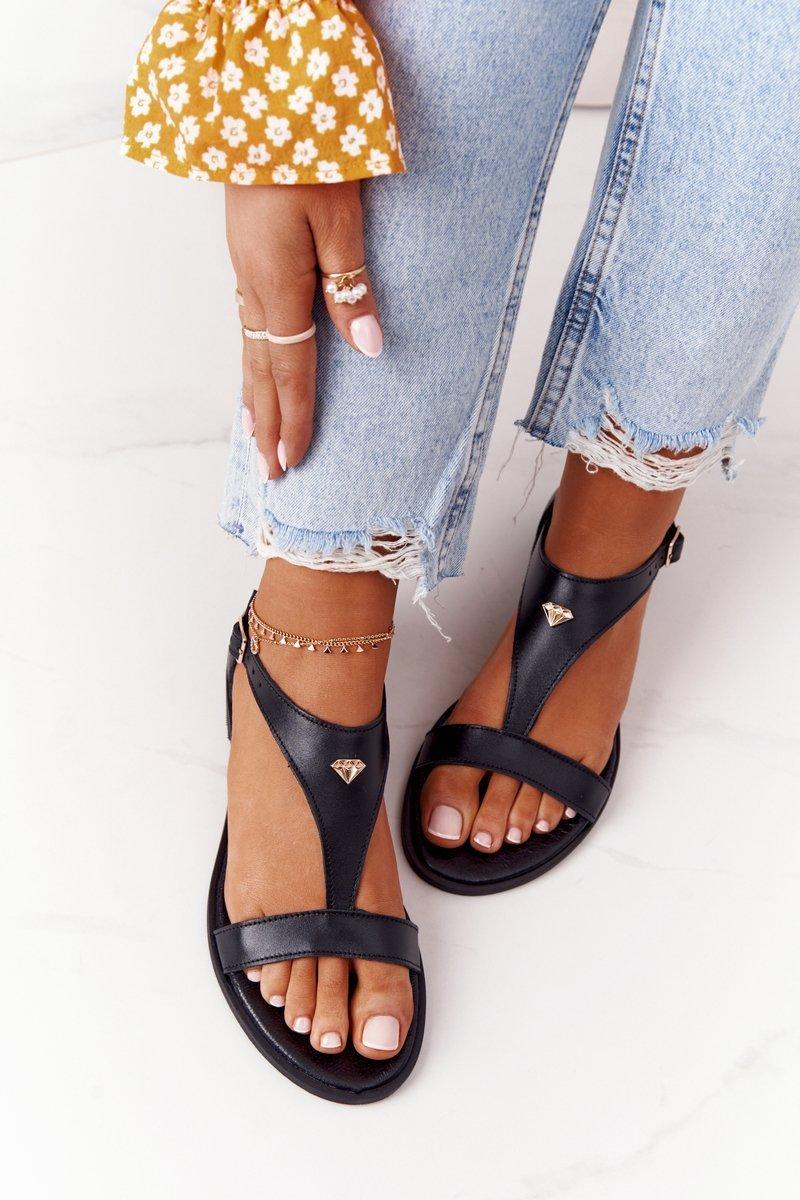 Dámske čierne kožené sandále - 37