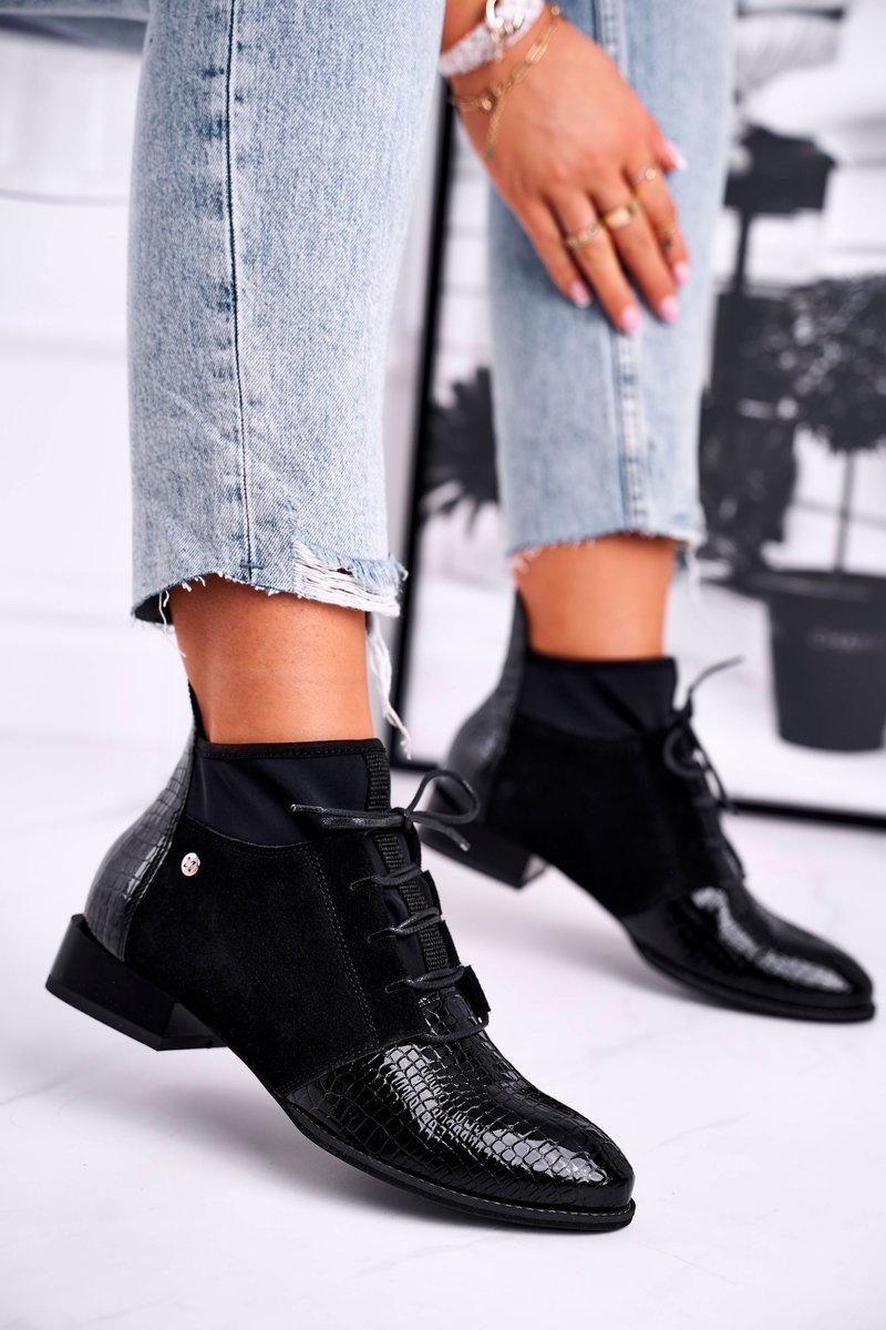 Dámske čierne topánky so vzorom - 36