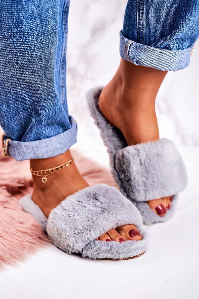 Dámske šedé papuče s kožušinou - 40