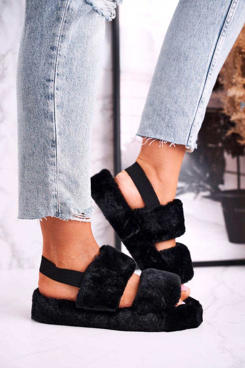 Dámske čierne papuče na platforme - 36