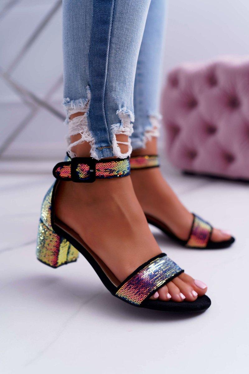 Sandále v čierne farbe s filtrami - 41