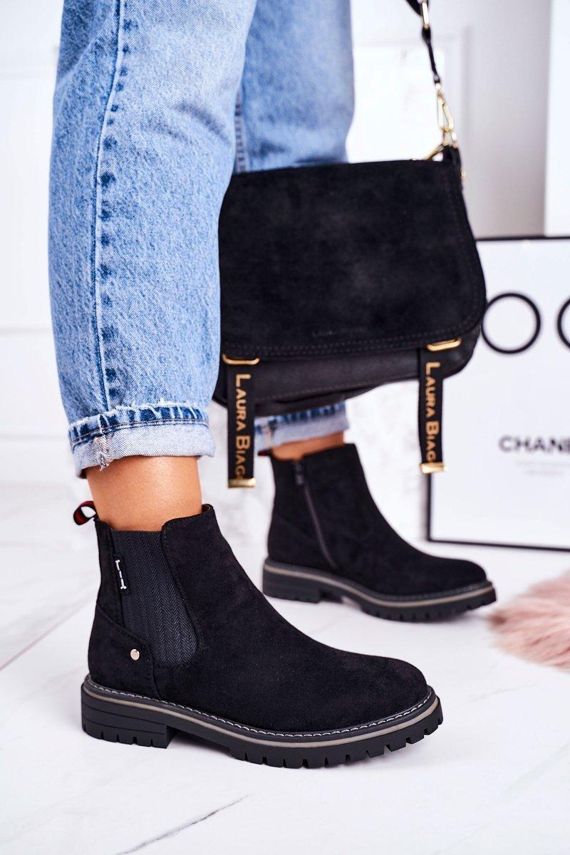 Čierne semišové topánky - 39