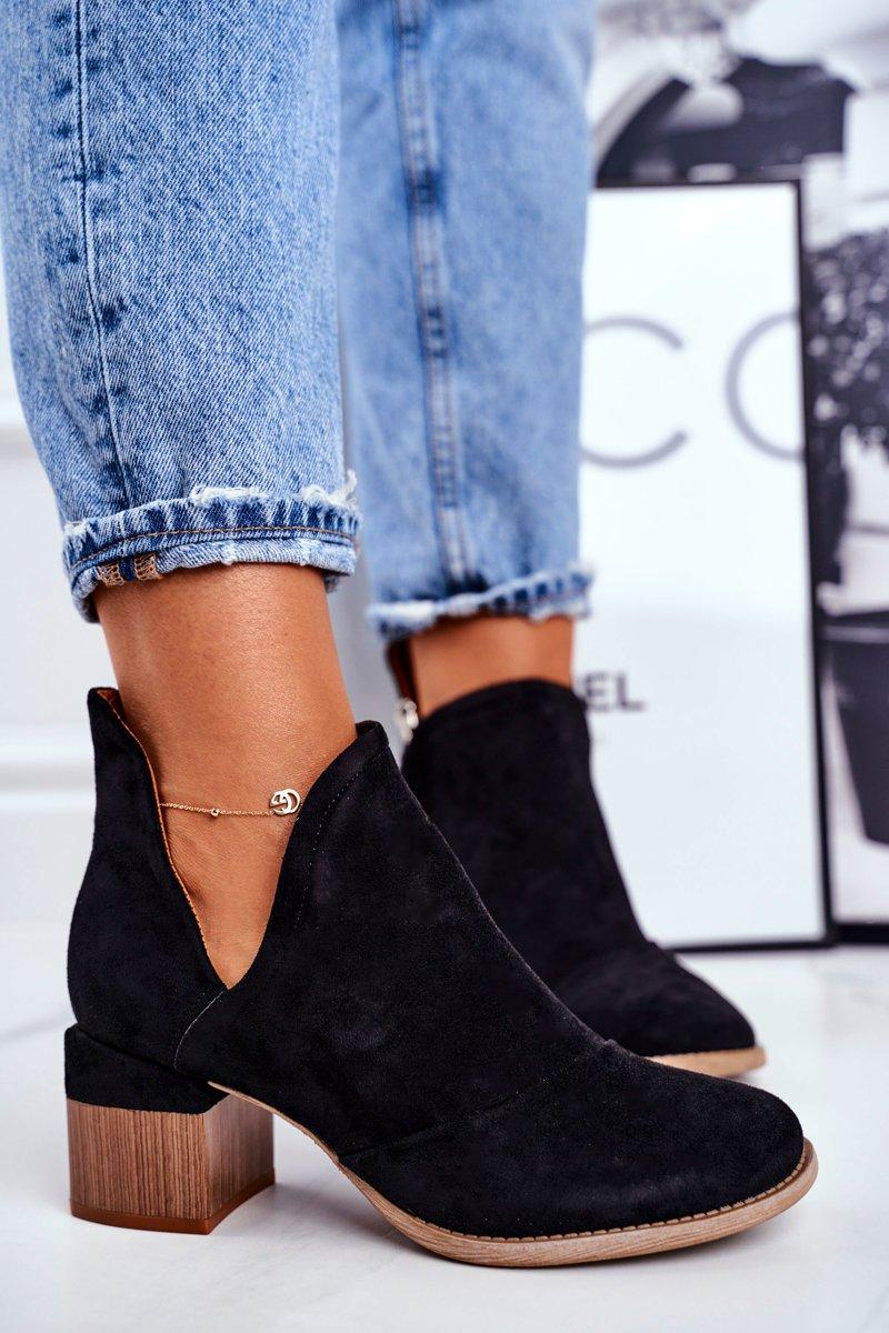 Dámske čierne semišové topánky - 37