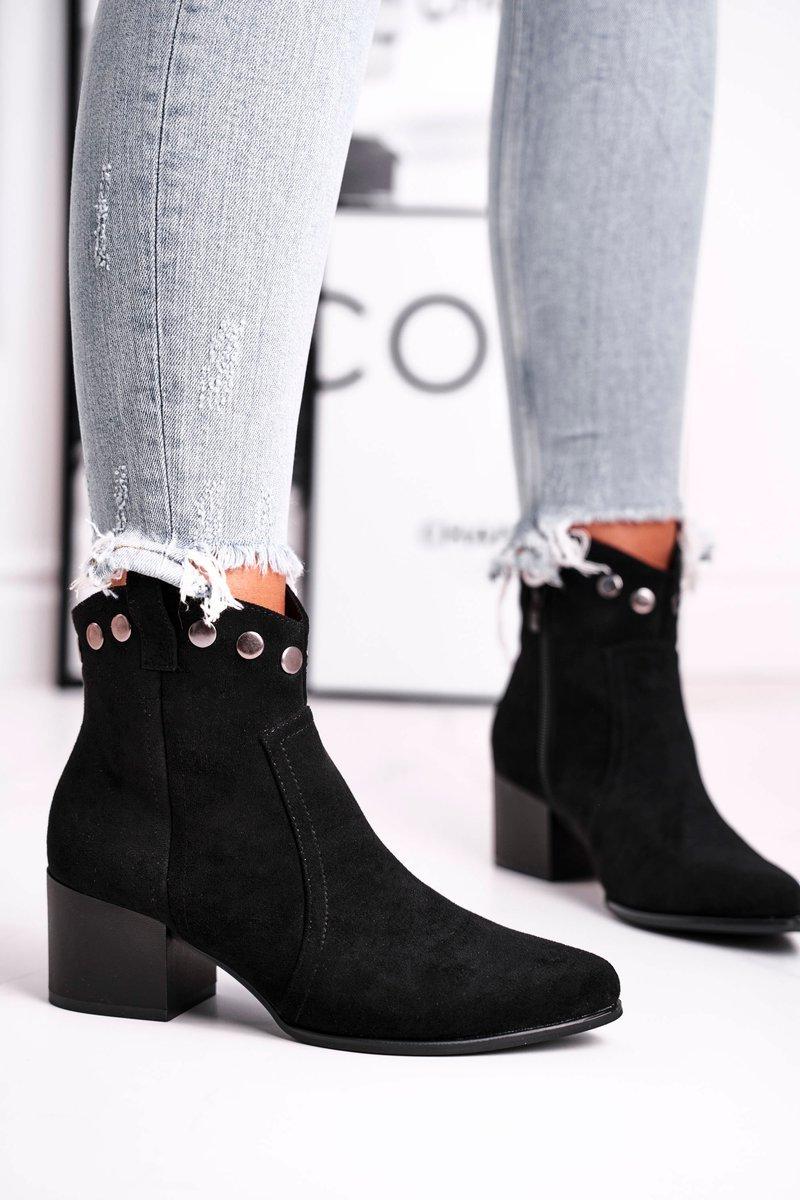 Dámske čierne topánky s dekoráciou - 36
