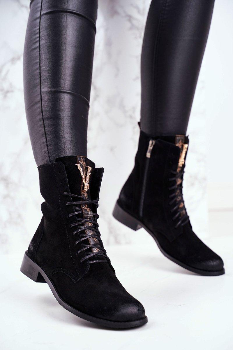 Dámske čierne členkové topánky so zlatou ozdobou - 38
