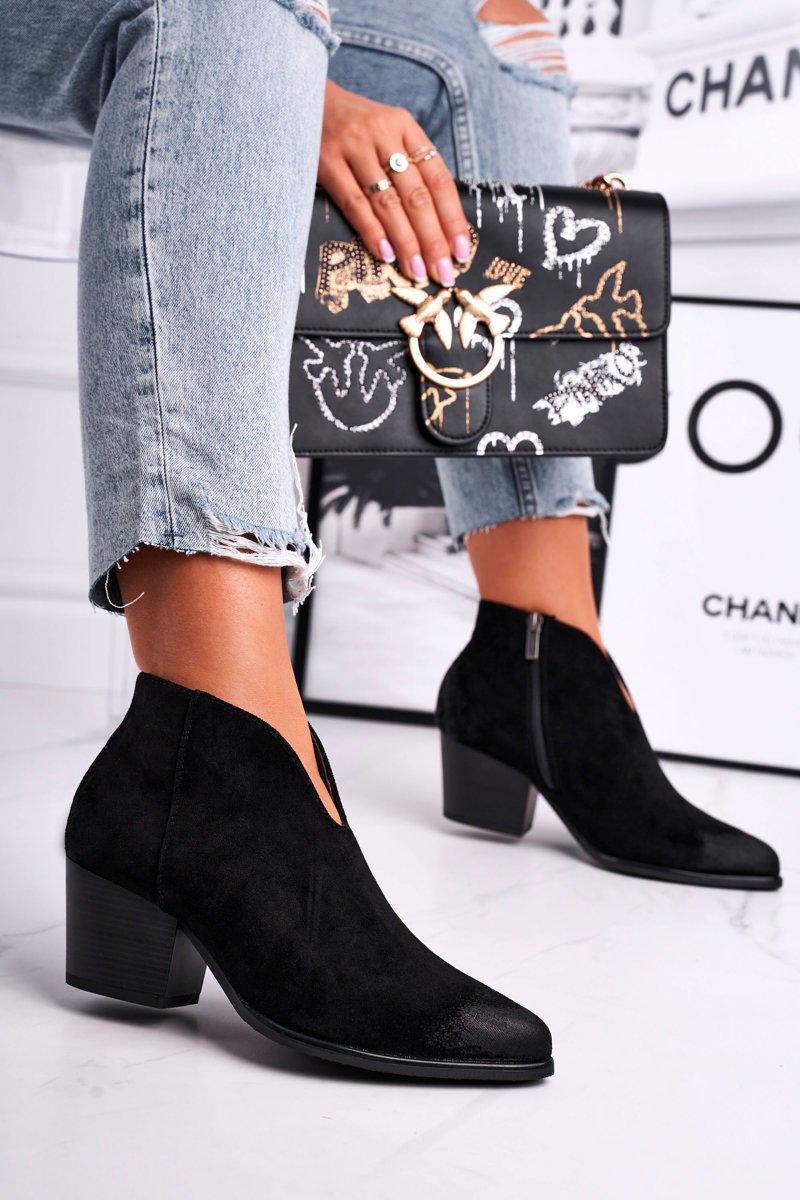 Čierne semišové členkové topánky - 40