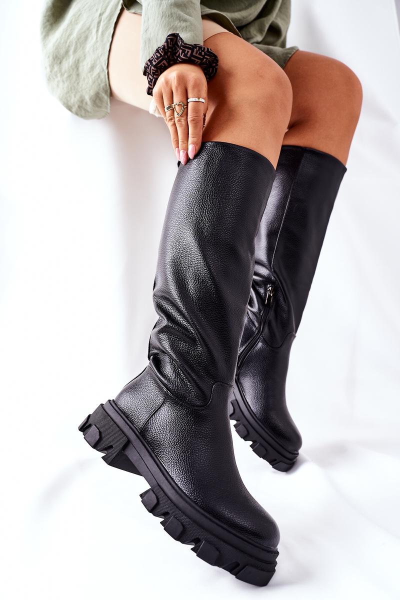 Vysoké čierne čižmy so zipsom - 39