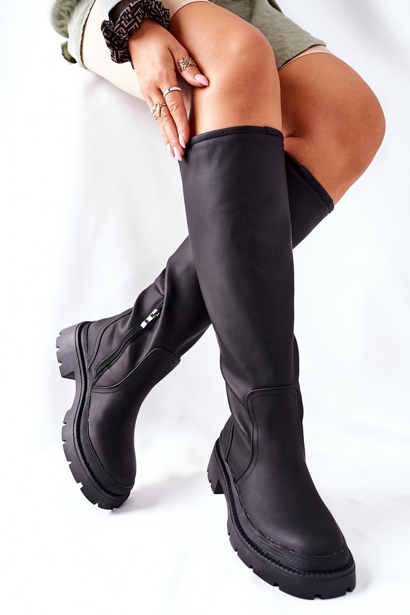 Čierne zateplené čižmy na zips - 39