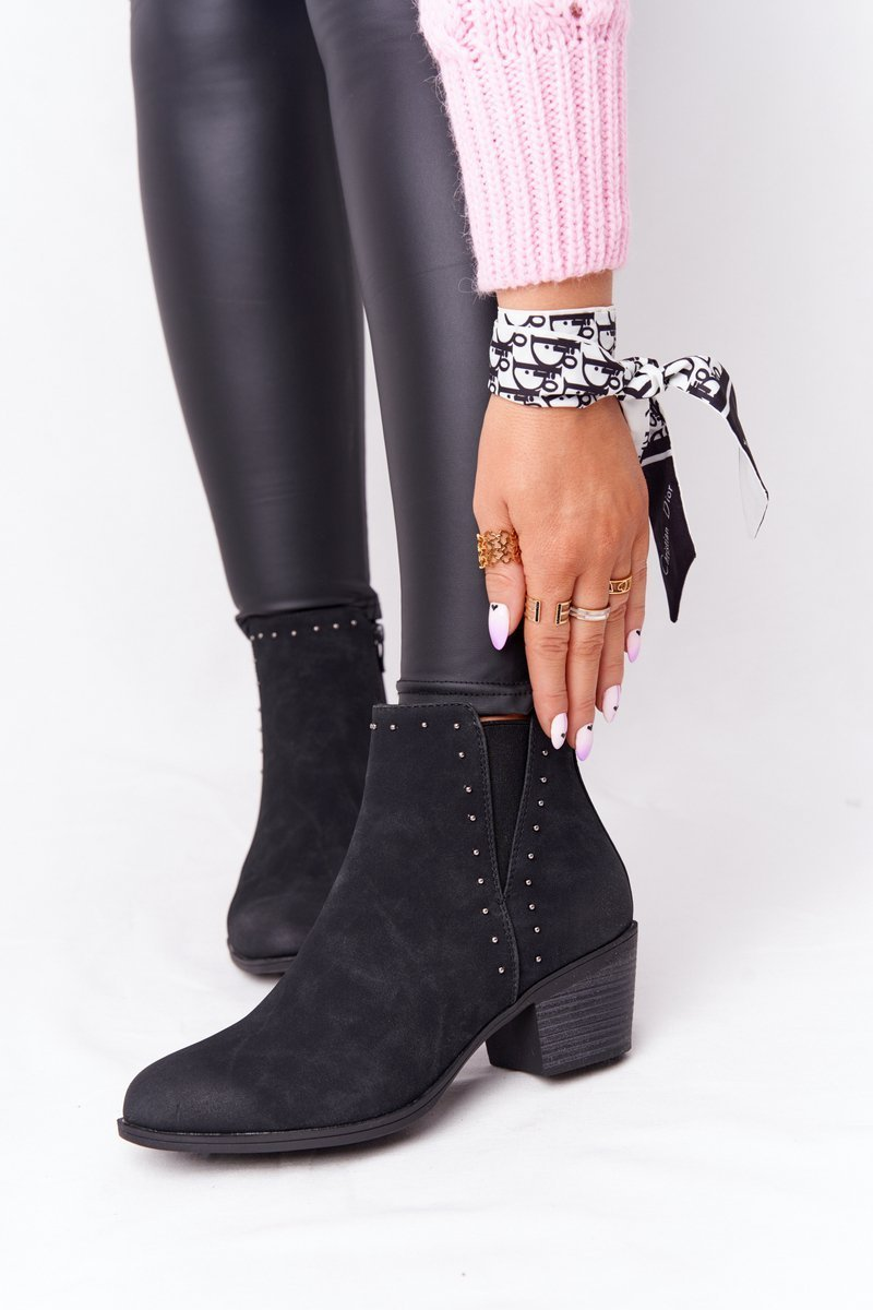 Dámske čierne členkové topánky - 41