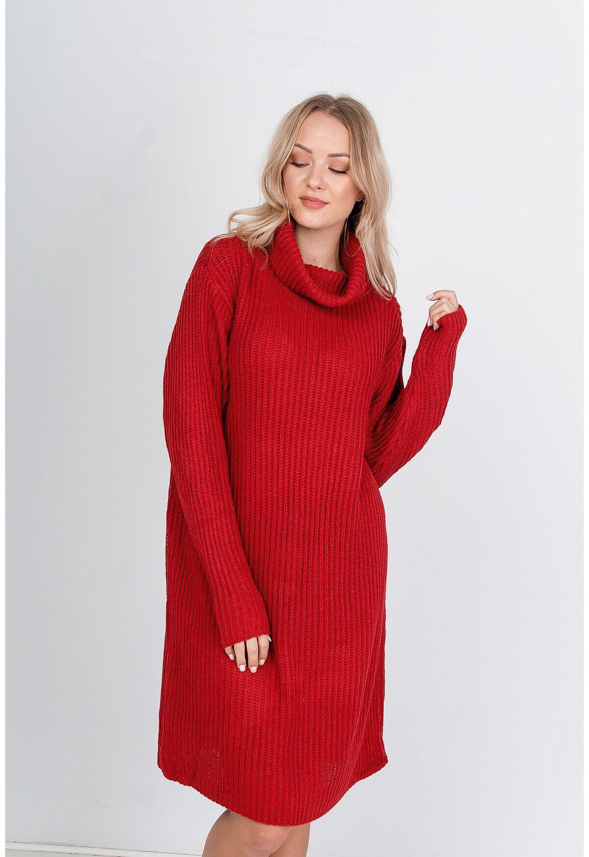 Dlhý červený sveter s rolákom