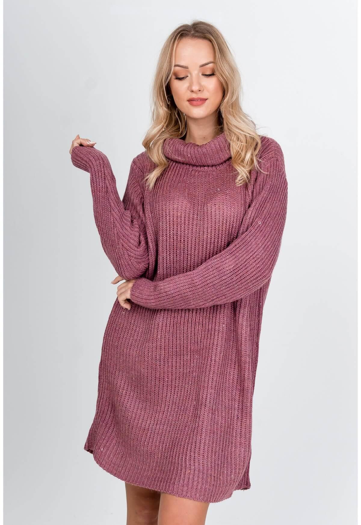 Dlhý tmavoružový sveter s rolákom