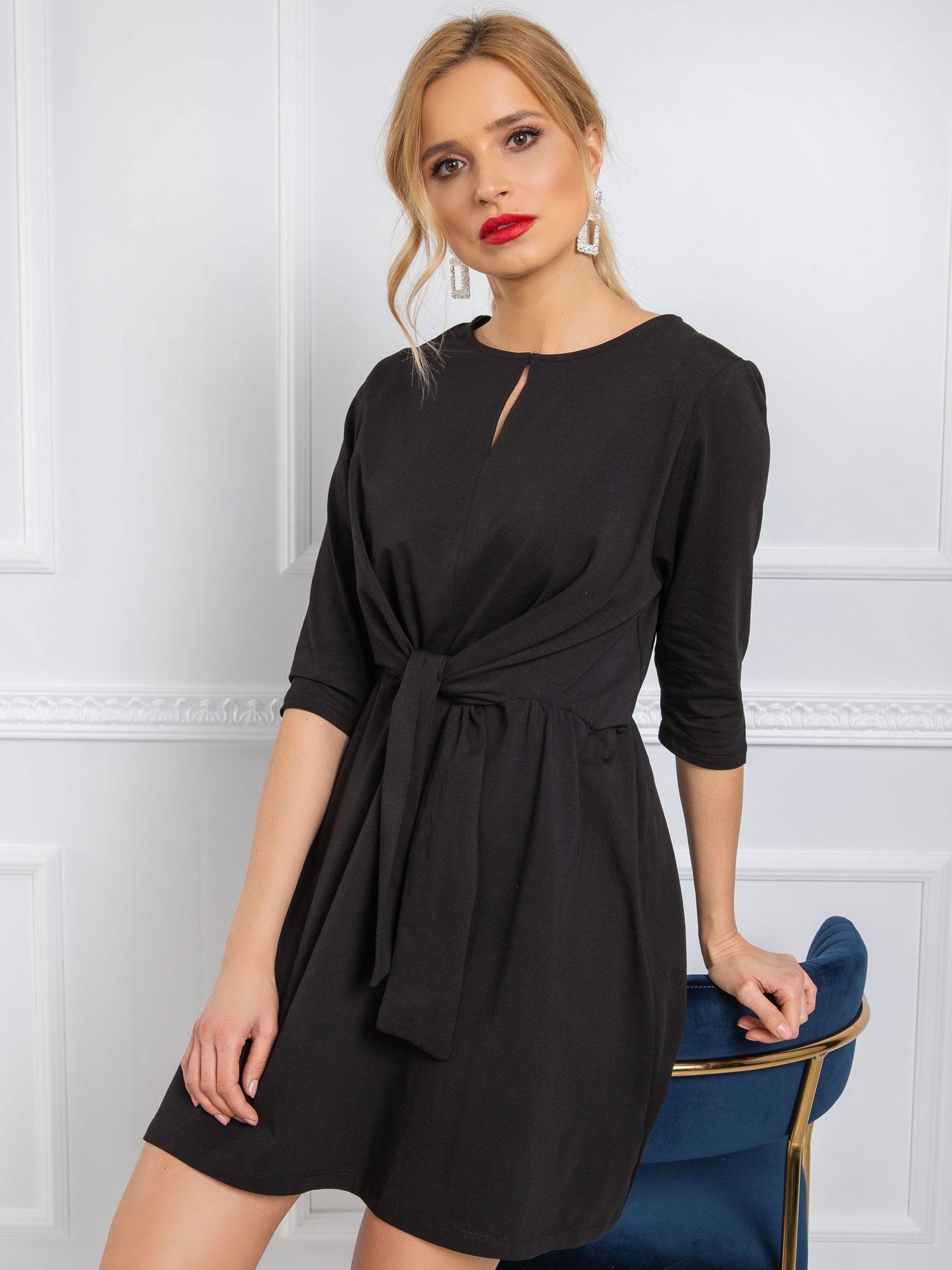 Dámske čierne šaty s viazaním - L