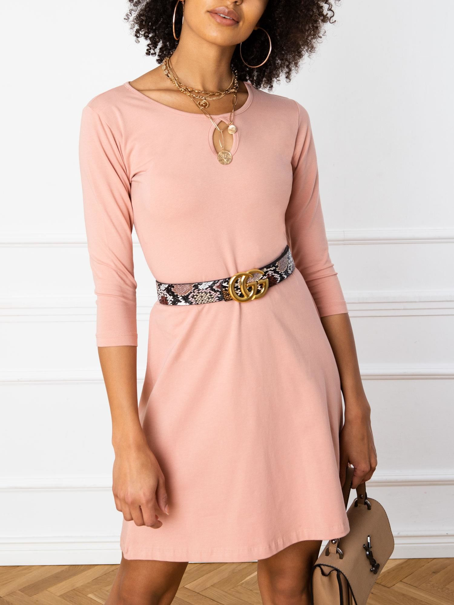 Jednoduché krátke ružové šaty - M