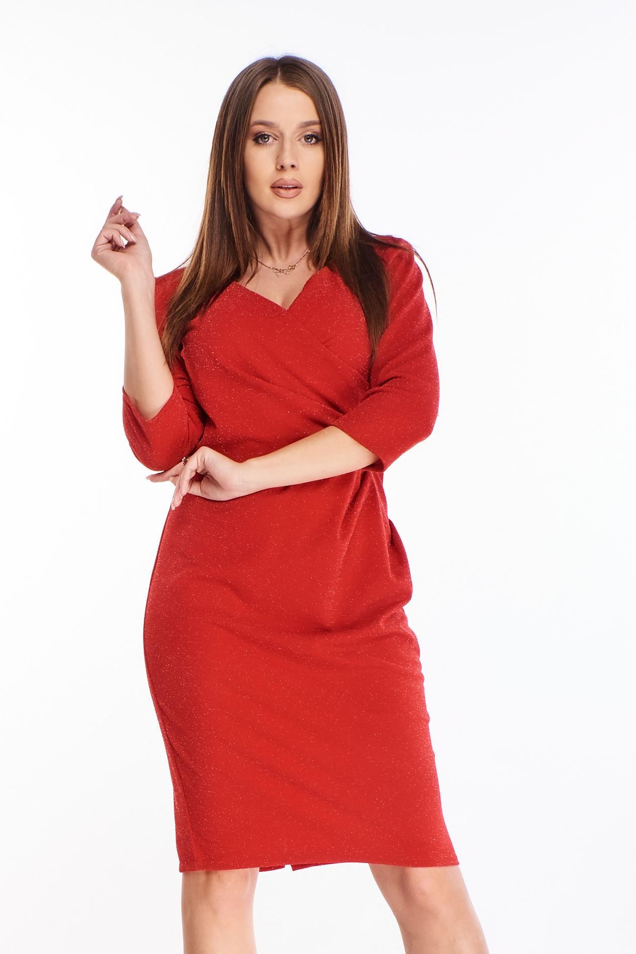 Elegantné krátke červené šaty - 44