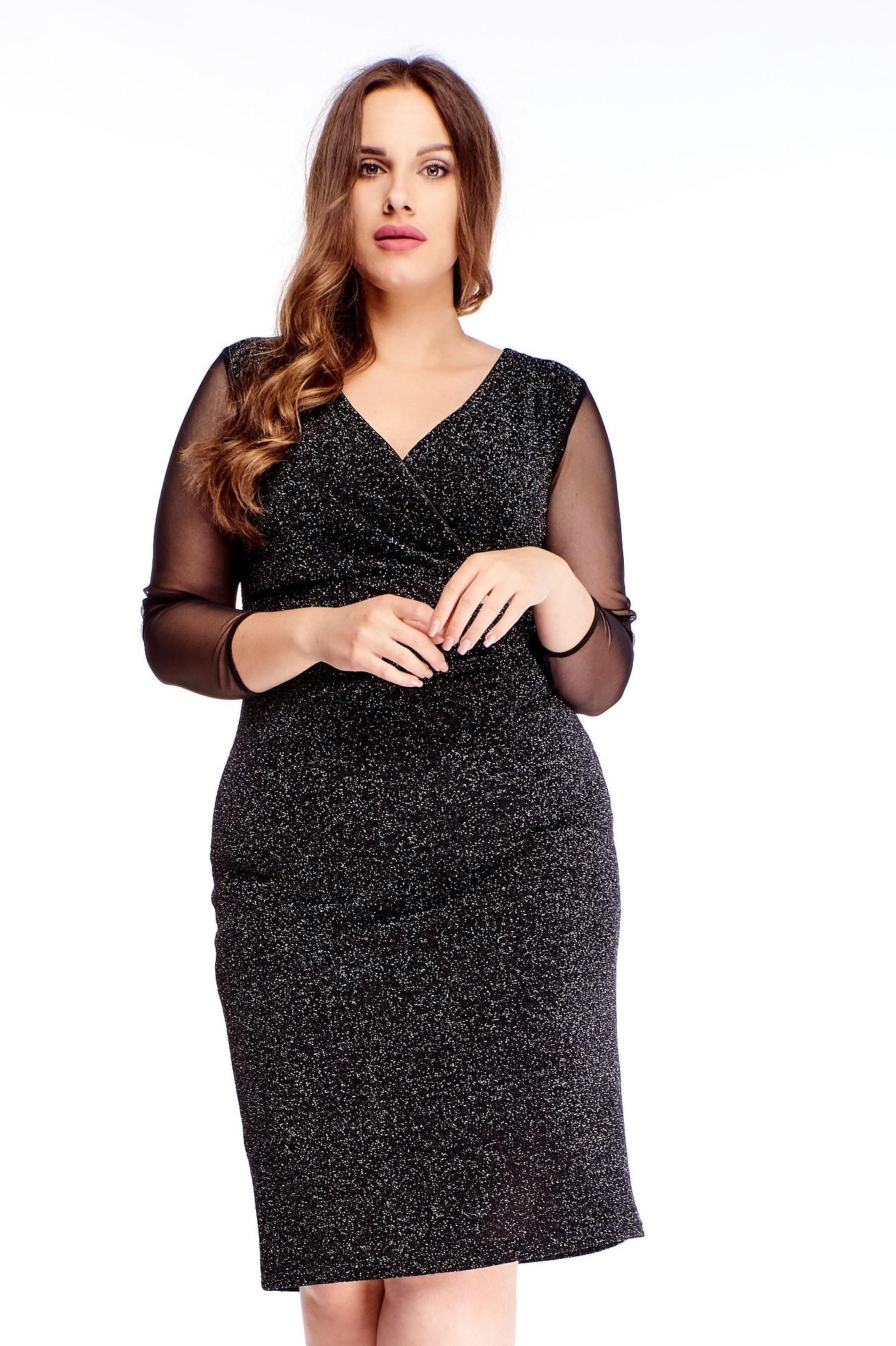 Elegantné krátke čierne šaty - 44