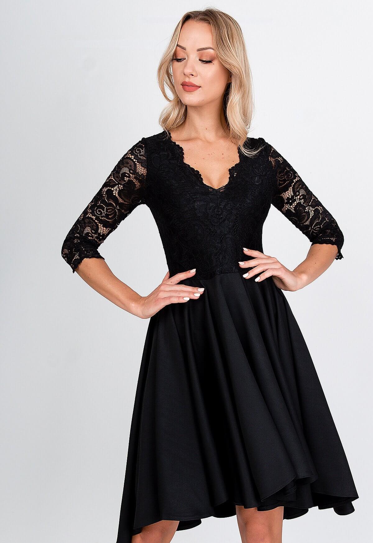 Elegantné krátke čierne šaty s čipkou - L