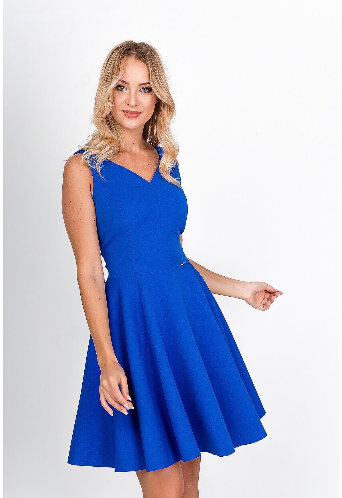 Elegantné krátke modré šaty na ramienka - XL