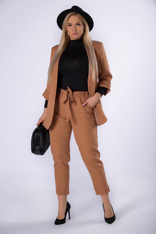 Dámske hnedé nohavice s opaskom - 3XL