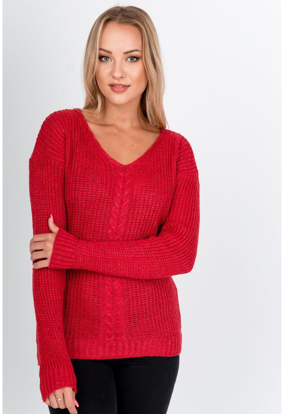 Elegantný červený pletený sveter s výstrihom do V