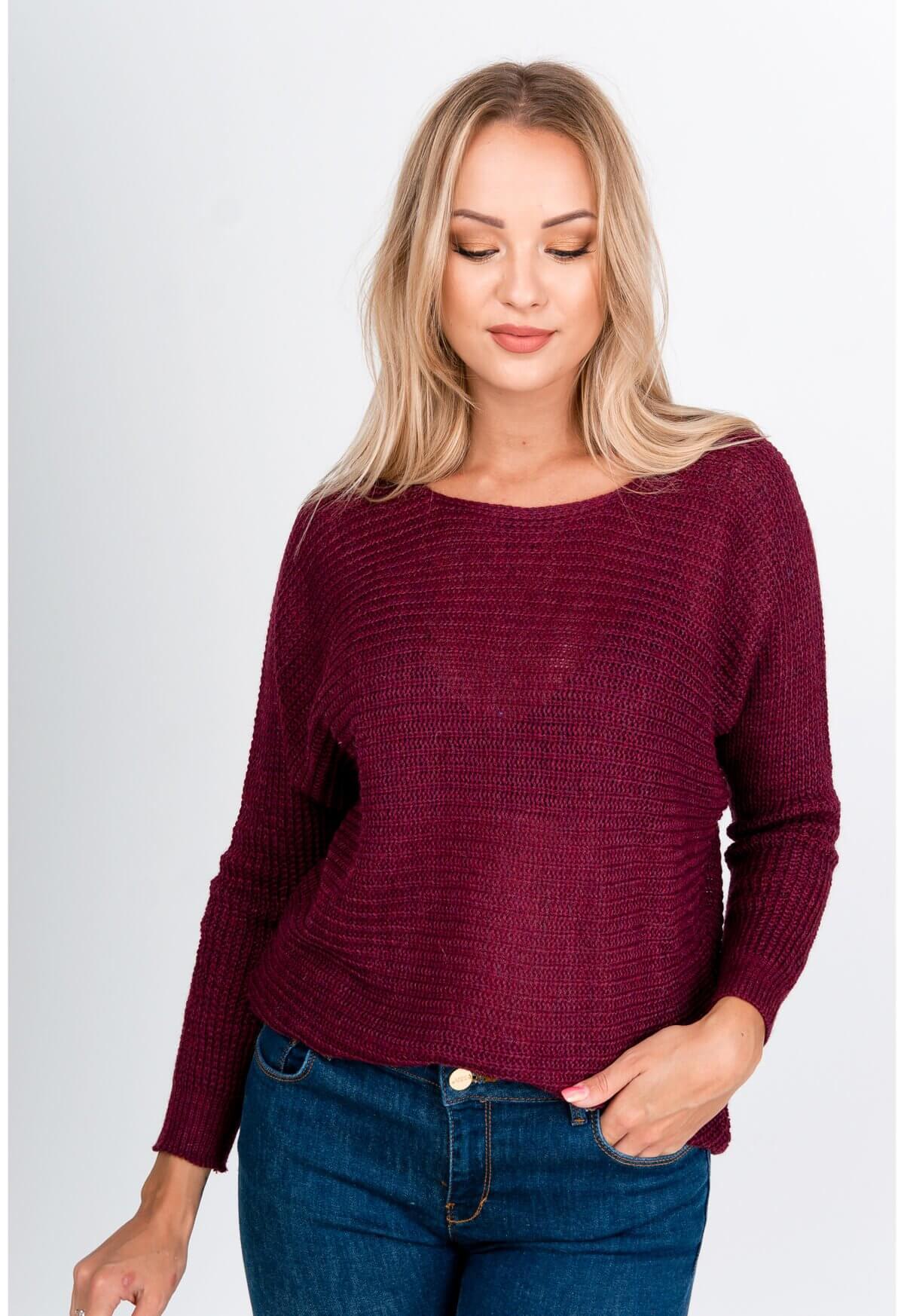 Fialový oversize sveter s okrúhlym výstrihom