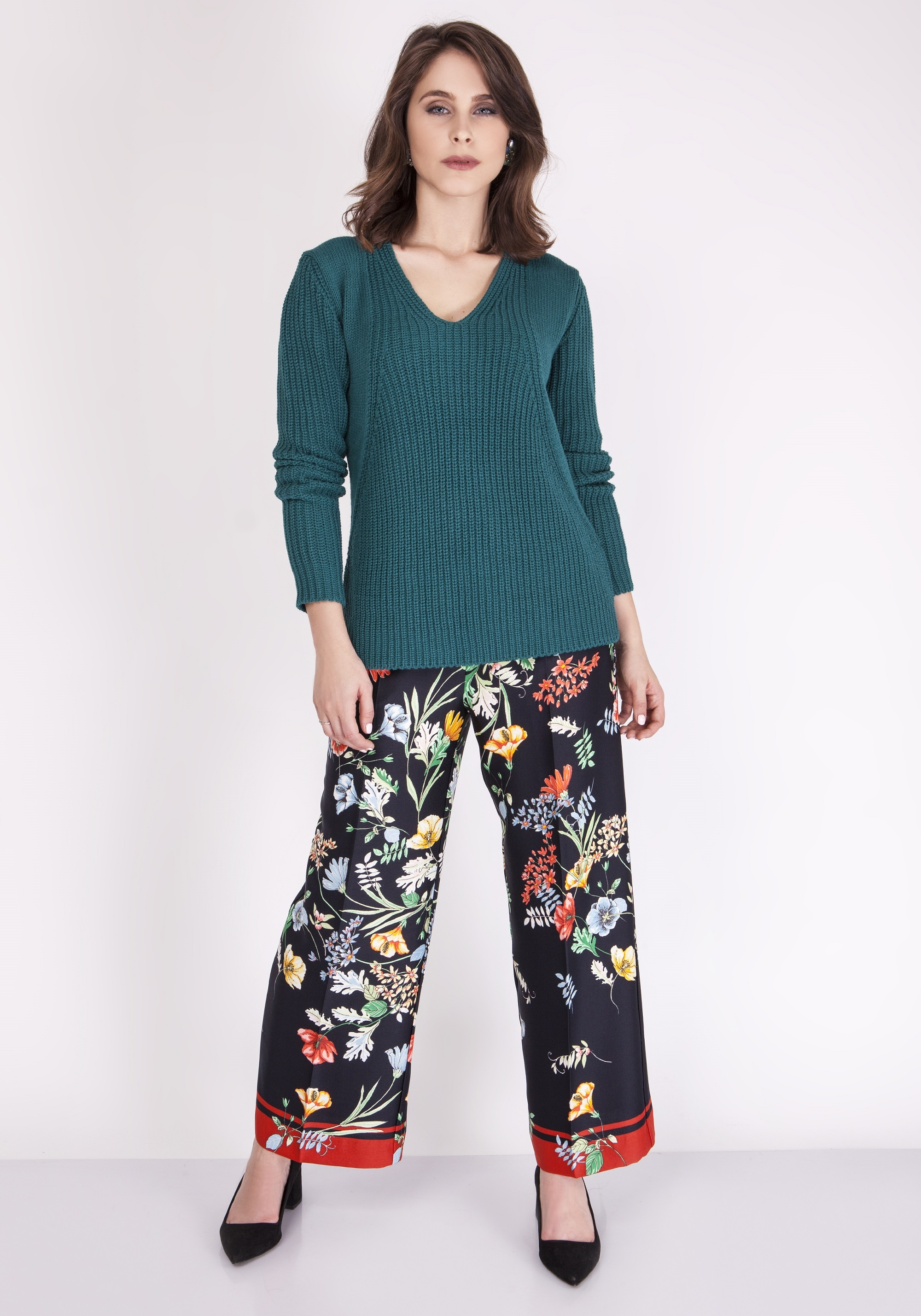 Elegantný zelený pletený sveter - S