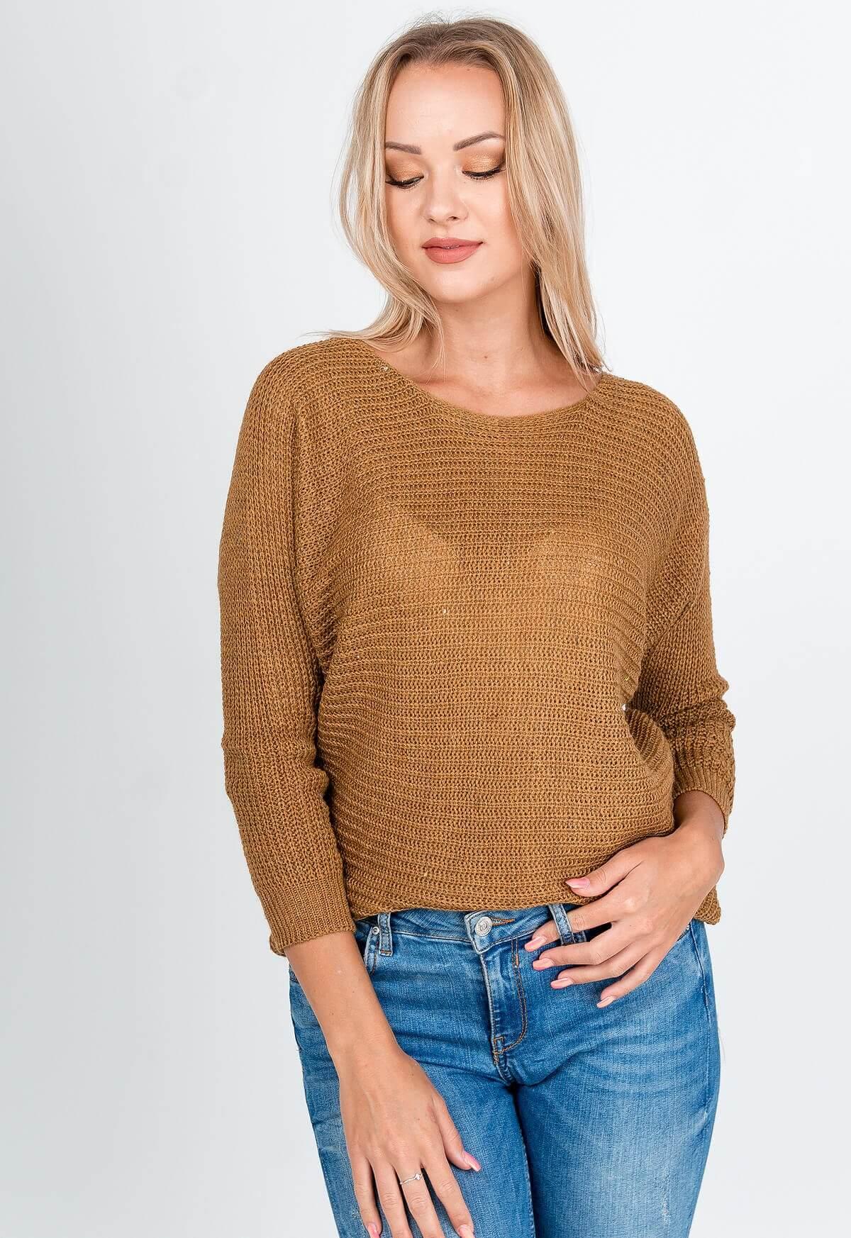 Hnedý oversize sveter s okrúhlym výstrihom