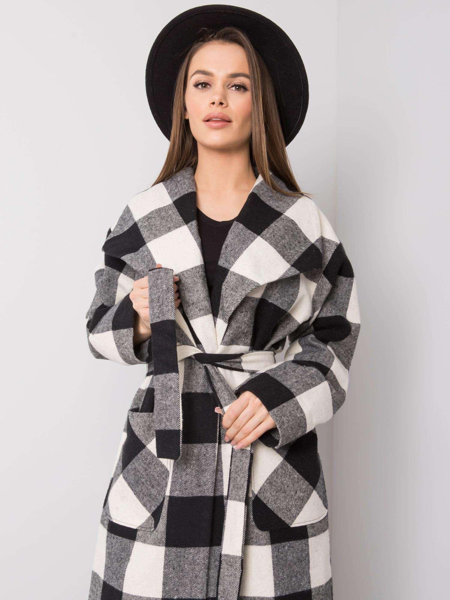 Dlhý bielo-čierny károvaný kabát - 36