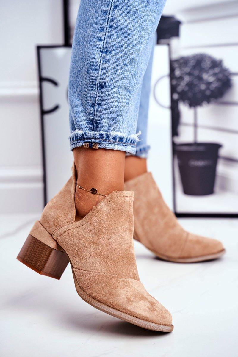 Dámske béžové semišové topánky - 41